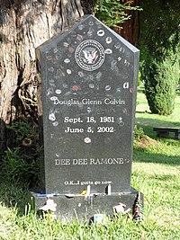 Dee Dee Ramone's Grave.jpg