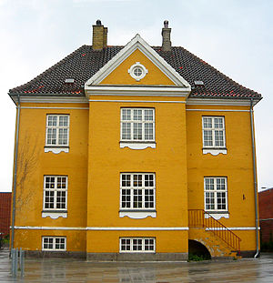 Flintholm - The Yellow House, now a ciltiral centre