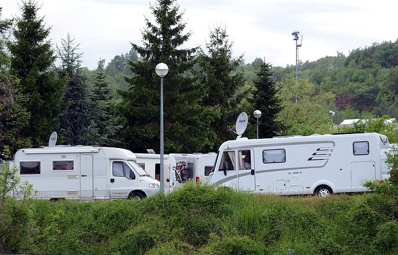 File:Diddeleng, Parking Caravaning-003.jpg