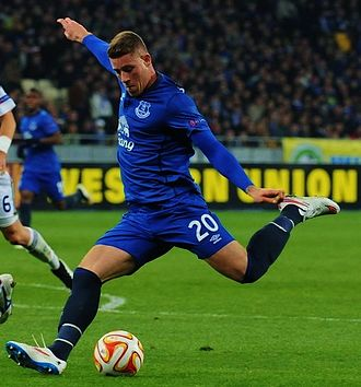 Ross Barkley - Barkley playing for Everton in 2015