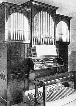 Distler Orgel.jpg