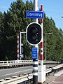 Doenbrug - Overschie - Rotterdam - Name plate (road) - showing context.jpg
