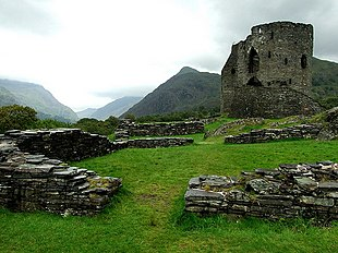 Dolbadarn Castle guarding the pass - geograph.org.uk - 1131204.jpg