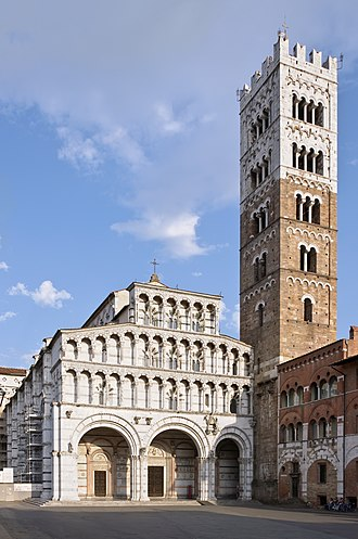 Province of Lucca - Façade and bell tower of Lucca Cathedral.