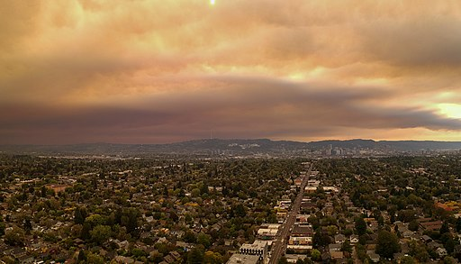 Downtown Portland from SE Portland during 2020 wildfires - 2020-09-09 - tedder