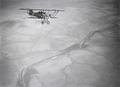 ETH-BIB-Französischer Militärflieger über der Sandwüste im Flug-Tschadseeflug 1930-31-LBS MH02-08-0269.tif