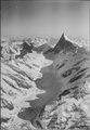 ETH-BIB-Unterer Grindelwaldgletscher, Blick nach Südosten (SE), Finsteraarhorn-LBS H1-012834.tif