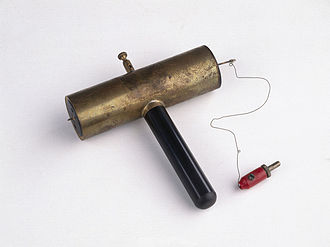 Geiger counter - Early Geiger–Müller tube made in 1932 by Hans Geiger for laboratory use