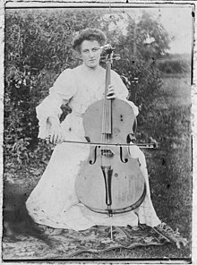 Edith Marion Collier with cello.jpg