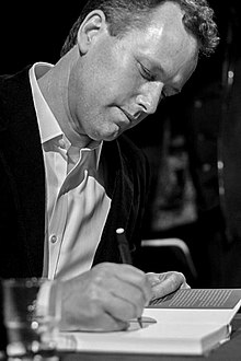 Edward St Aubyn in 2007.jpg