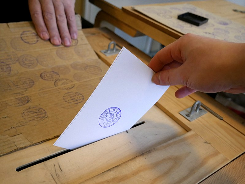 File:Election voting 20180128.jpg