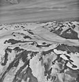Excelsior Glacier, valley glacier in the background, and mountain glaciers with bergschrund in the foreground, September 13, 1972 (GLACIERS 6501).jpg