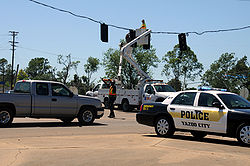 FEMA - 44193 - Utility Restoration After Tornado in Yazoo City, Mississippi.jpg