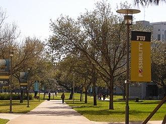 Florida International University - FIU walkways