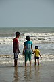 Family Watching Sea Waves - New Digha Beach - East Midnapore 2015-05-01 8728.JPG