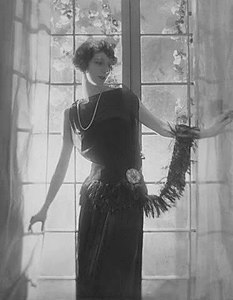 Fashion picture by Adolf de Meyer 4.jpg