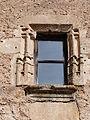 Fenêtre à encadrement mouluré.JPG