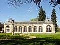 Fontaine-Chaalis (60), abbaye de Chaalis, orangerie, vue depuis le sud 2.jpg