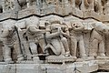 Frise sculptée (Jagdish Temple) - 11.jpg