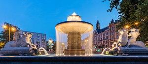 Fuente Wittelsbacher, Plaza Lenbach, Múnich, Alemania, 2015-07-04, DD 01-03 HDR.JPG