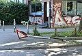 G-20 - Hamburg Schulterblatt zerstörtes Verkehrsschild 01.jpg