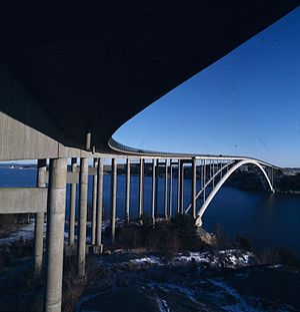 Almö Bridge - Image: Gamla Tjörnbron
