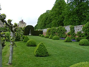 English: Gardens at Penshurst Place One of the...