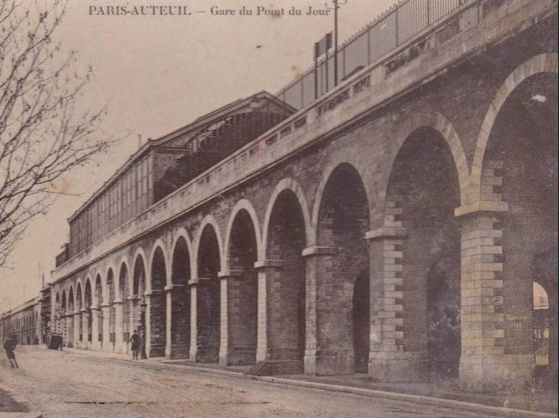 Fichier:Gare Point du Jour (Paris- 16e).jpg
