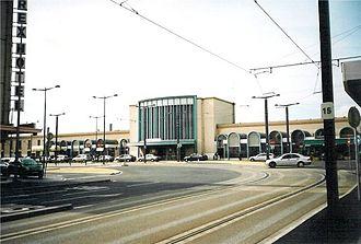 Mantes-la-Jolie–Cherbourg railway - Caen Station in 2003.