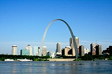 Gateway Arch as seen from East St. Louis, IL (5263761913).jpg
