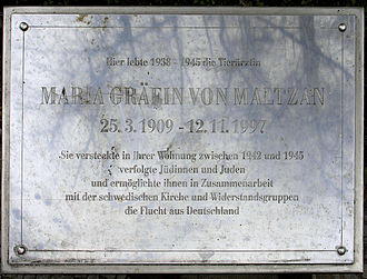 Wilmersdorf - Plaque commemorating Maria von Maltzan, Detmolder Straße 11