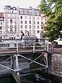 Geneve pont Machine 2011-09-09 08 22 00 PICT4493.JPG