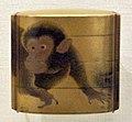 Giappone, inroo in lacca, periodo edo, 02 scimmia.jpg