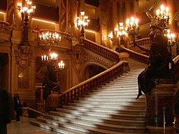 Grand escalier de l'opéra Garnier 3