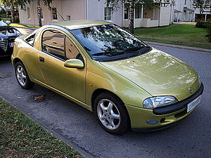 Green-yellow Opel Tigra 02.JPG