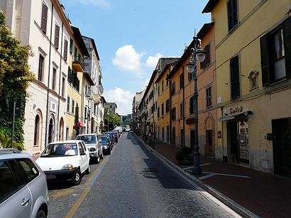 How to get to Villa Cavalletti with public transit - About the place