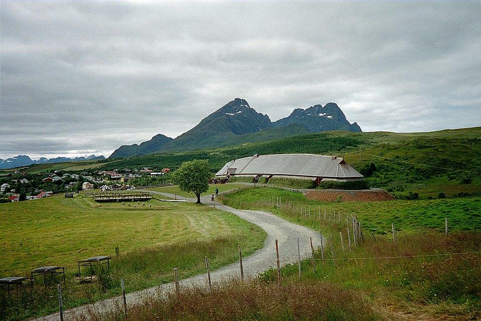 Høvdinghuset, Borg i Lofoten