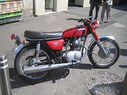 Honda CB 125 Vuodelta 1971