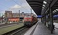 Hamburg Hbf 218 381-218 319 afgerangeerd (50998085000).jpg