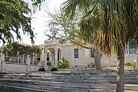 Hemingways House (3204609340).jpg