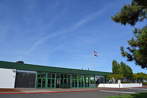 Sheldon High School (Oregon) - Image: Henry D. Sheldon High School (Eugene, Oregon) 2
