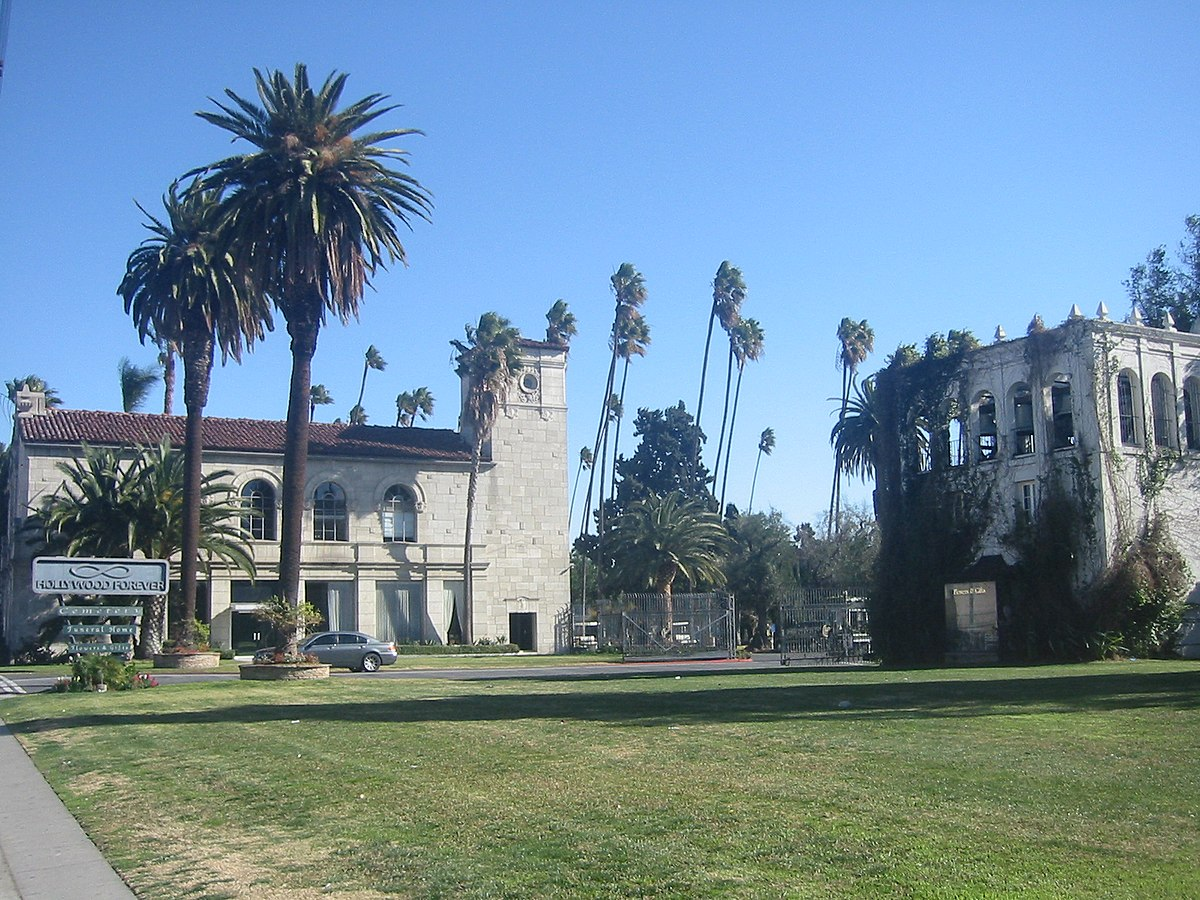 Hollywood Forever Cemetery - Wikipedia