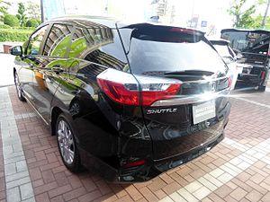 Honda Fit Shuttle - Honda Shuttle Hybrid (2015)