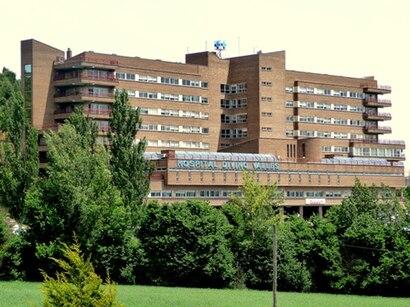 Como chegar até Hospital Divino Vallés com o transporte público - Sobre o local