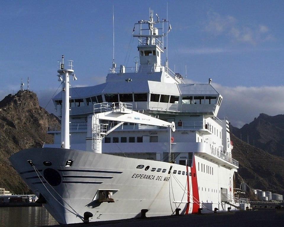 Hospital ship-Esperanza del Mar