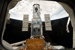 Hubble docked in the cargo bay.jpg