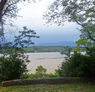 Robert Livingston (1688–1775) - Hudson view from Clermont Manor