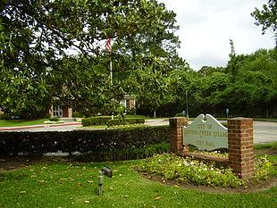 Hunters Creek Village City Hall