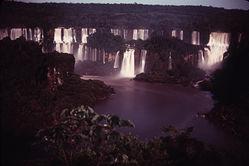 Igazu Falls at night
