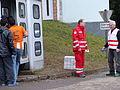 Immigranten beim Grenzübergang Wegscheid (23116171635).jpg